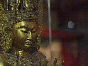 佛牙寺、仏像1